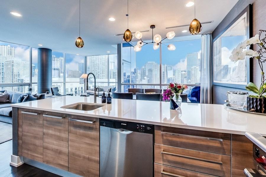 Real Estate Photography - 110 W Superior, 2501, Chicago, IL, 60654 - Kitchen