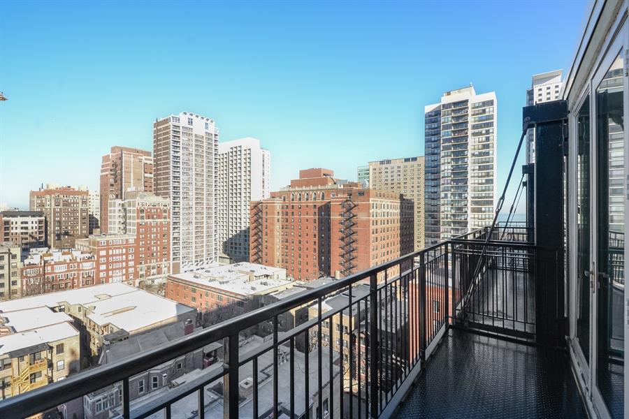 Real Estate Photography - 450 W Briar Pl, Unit 13G, Chicago, IL, 60657 - Balcony