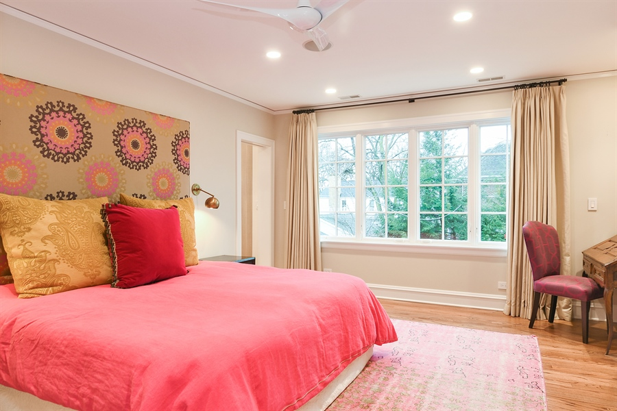 Real Estate Photography - 1935 Thornwood Ave, Wilmette, IL, 60091 - Master Bedroom