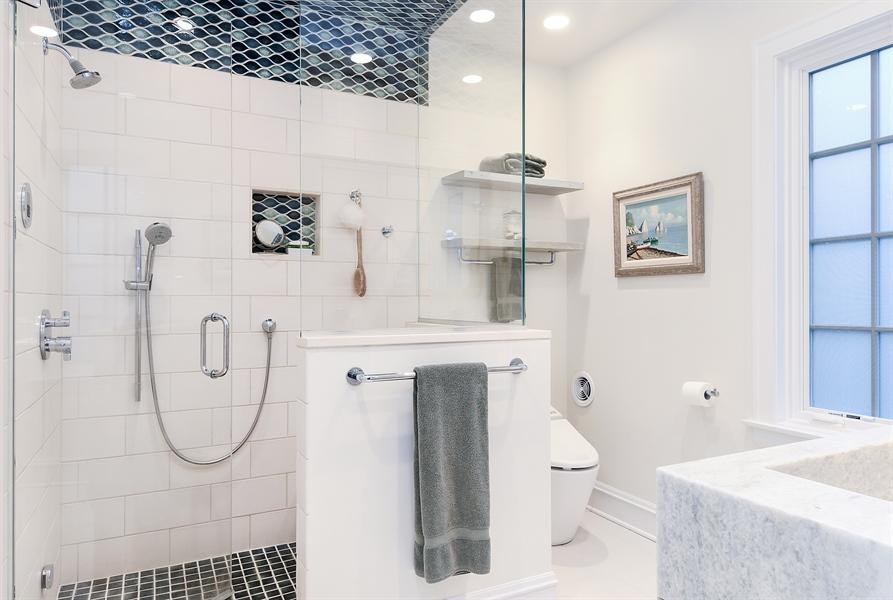 Real Estate Photography - 1935 Thornwood Ave, Wilmette, IL, 60091 - Master Bathroom