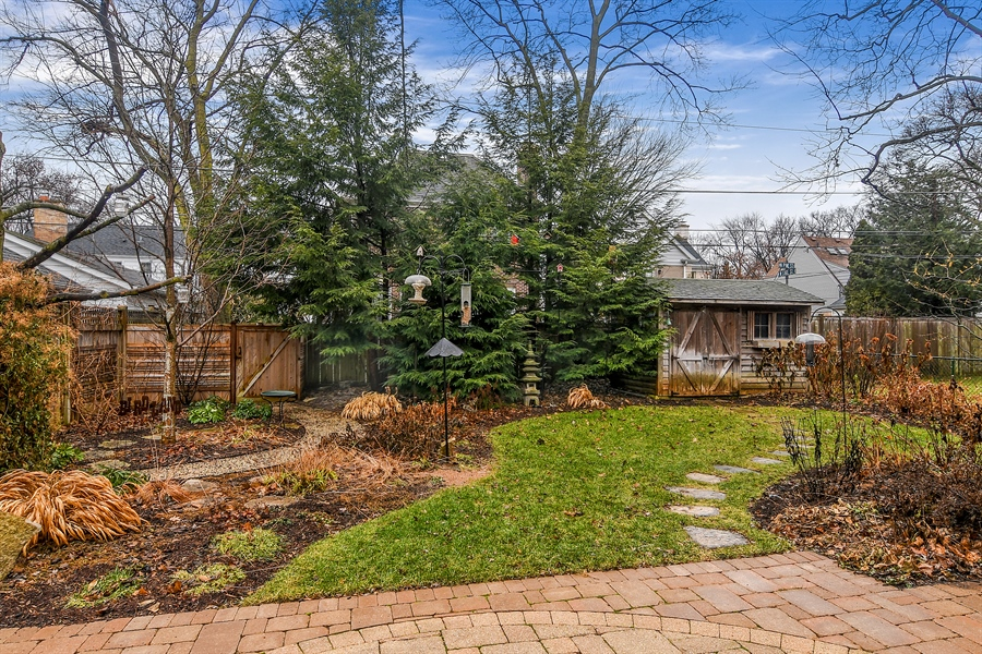 Real Estate Photography - 1935 Thornwood Ave, Wilmette, IL, 60091 - Back Yard