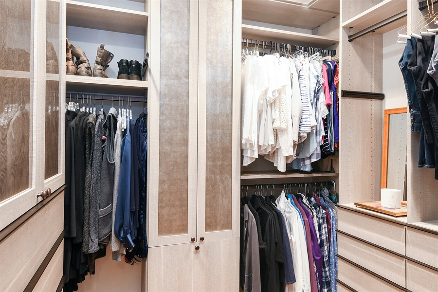 Real Estate Photography - 1935 Thornwood Ave, Wilmette, IL, 60091 - Master Bedroom Closet