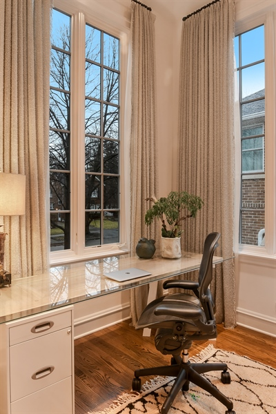 Real Estate Photography - 1935 Thornwood Ave, Wilmette, IL, 60091 - Office