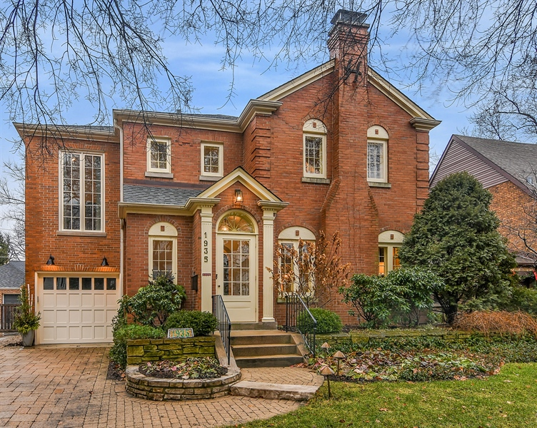 Real Estate Photography - 1935 Thornwood Ave, Wilmette, IL, 60091 - Front View