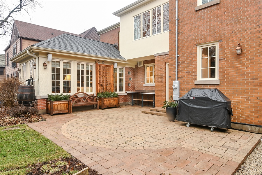 Real Estate Photography - 1935 Thornwood Ave, Wilmette, IL, 60091 - Patio