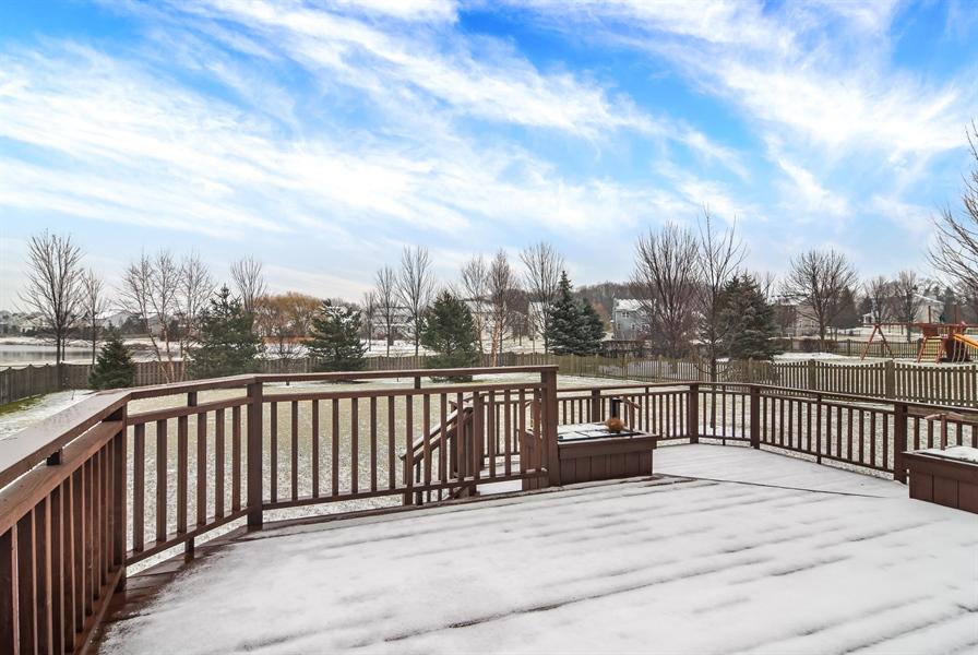 Real Estate Photography - 2360 Stonybrook, Wauconda, IL, 60084 - View