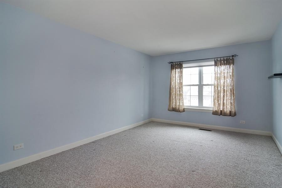 Real Estate Photography - 2360 Stonybrook, Wauconda, IL, 60084 - 4th Bedroom
