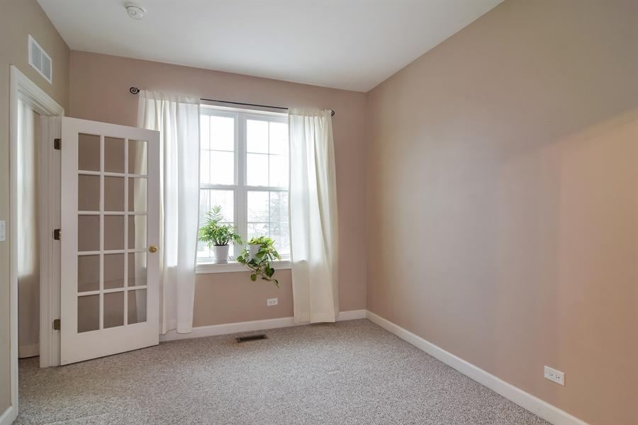 Real Estate Photography - 2360 Stonybrook, Wauconda, IL, 60084 - Office
