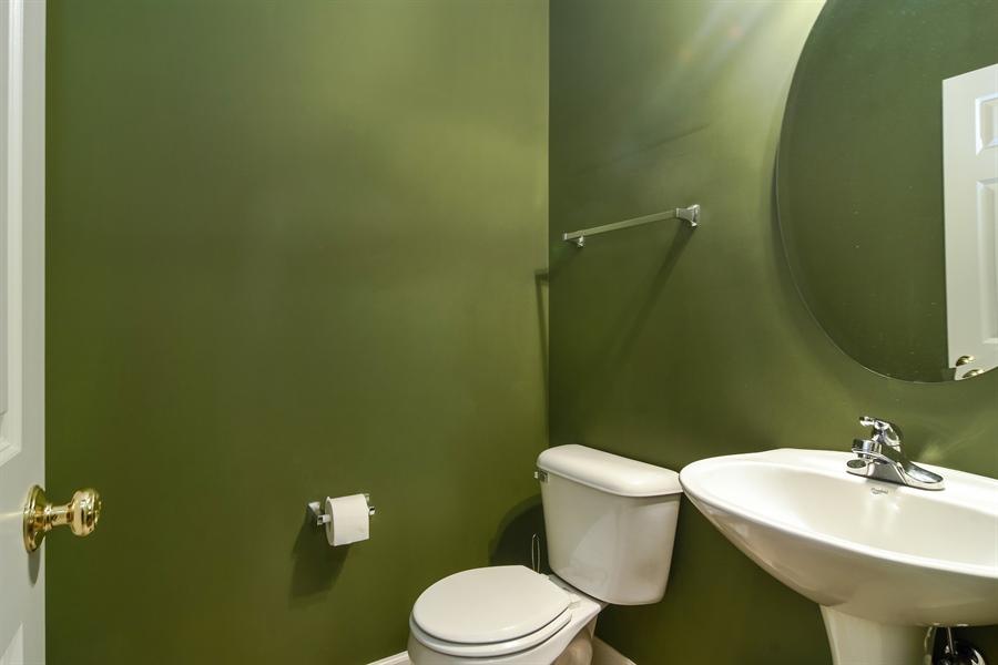 Real Estate Photography - 2360 Stonybrook, Wauconda, IL, 60084 - Half Bath