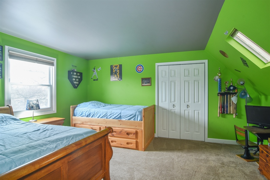 Real Estate Photography - 40W982 Creekwood, Elgin, IL, 60124 - 2nd Bedroom