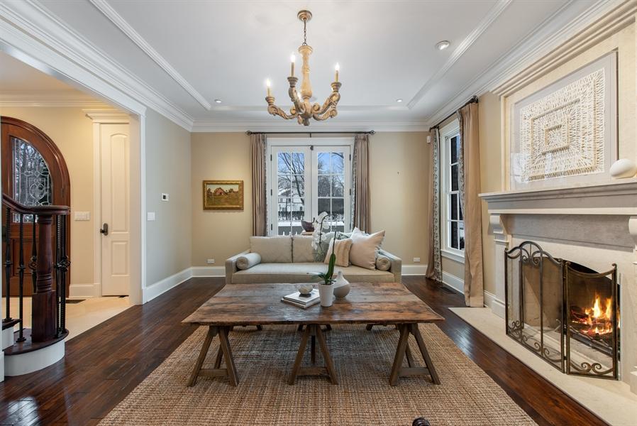 Real Estate Photography - 1301 Chestnut Avenue, Wilmette, IL, 60091 - Living Room