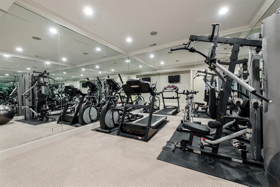 Real Estate Photography - 1301 Chestnut Avenue, Wilmette, IL, 60091 - Exercise Room