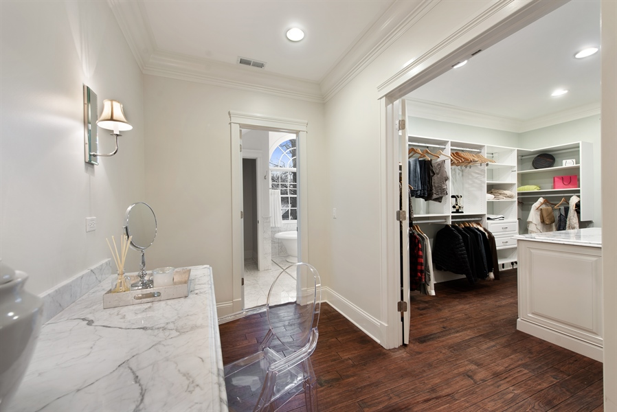 Real Estate Photography - 1301 Chestnut Avenue, Wilmette, IL, 60091 - Her Dressing Room