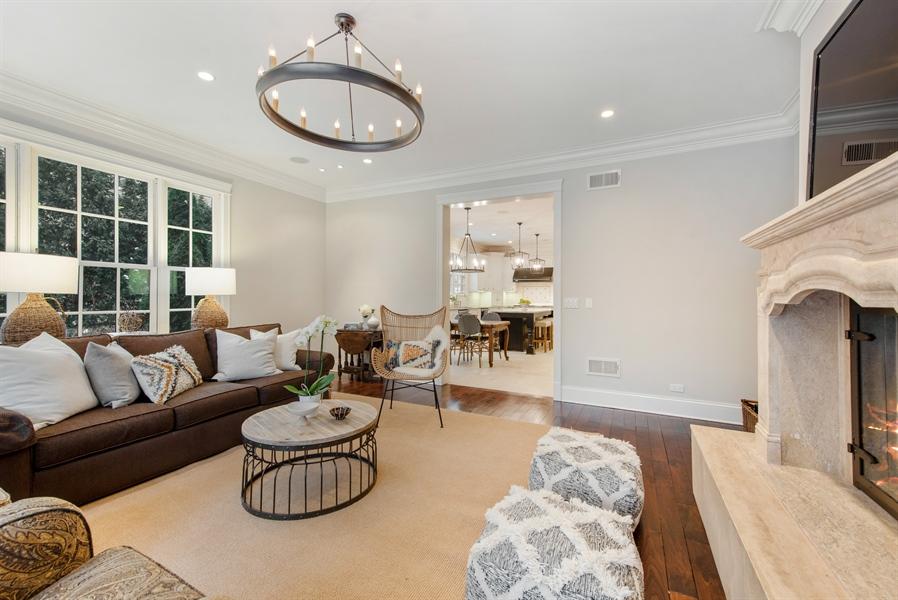 Real Estate Photography - 1301 Chestnut Avenue, Wilmette, IL, 60091 - Family Room
