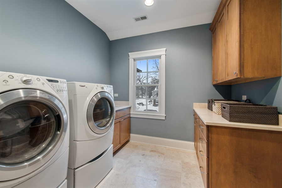 Real Estate Photography - 1301 Chestnut Avenue, Wilmette, IL, 60091 - 2nd Floor Laundry Room