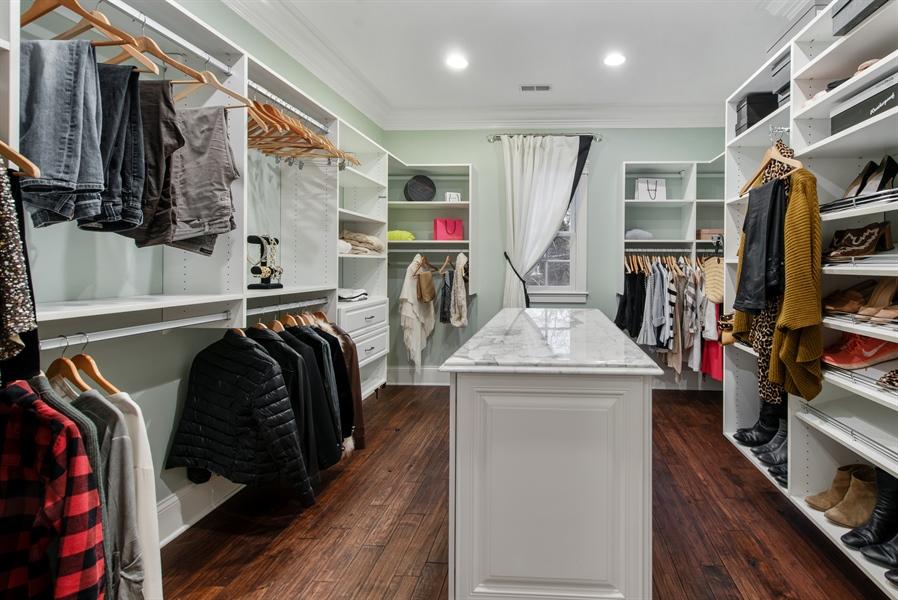 Real Estate Photography - 1301 Chestnut Avenue, Wilmette, IL, 60091 - Master Bedroom Closet