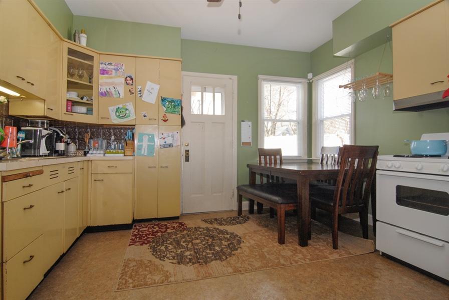Real Estate Photography - 211 Prairie, Batavia, IL, 60510 - Kitchen / Breakfast Room