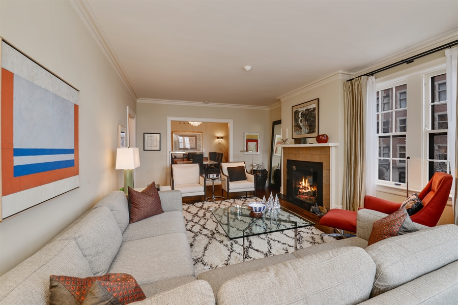 Real Estate Photography - 1120 N. Lakeshore Drive, 2B, Chicago, IL, 60611 - Living Room