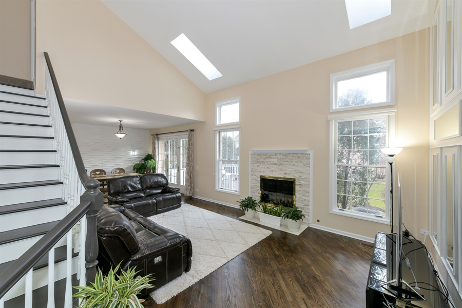 Real Estate Photography - 4115 Stableford, Naperville, IL, 60564 - Living Room