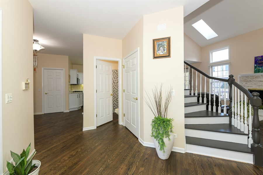 Real Estate Photography - 4115 Stableford, Naperville, IL, 60564 - Foyer
