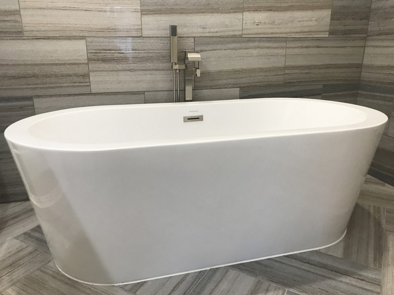 Real Estate Photography - 4115 Stableford, Naperville, IL, 60564 - Master Bathroom Tub Detail
