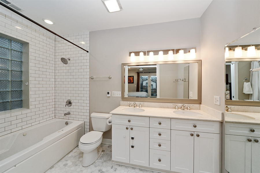 Real Estate Photography - 3221 N. Clifton, 3S, Chicago, IL, 60657 - Master Bathroom