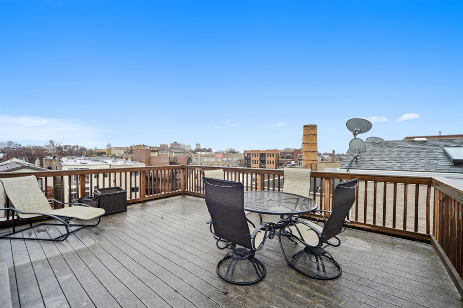 Real Estate Photography - 3221 N. Clifton, 3S, Chicago, IL, 60657 - Roof Deck