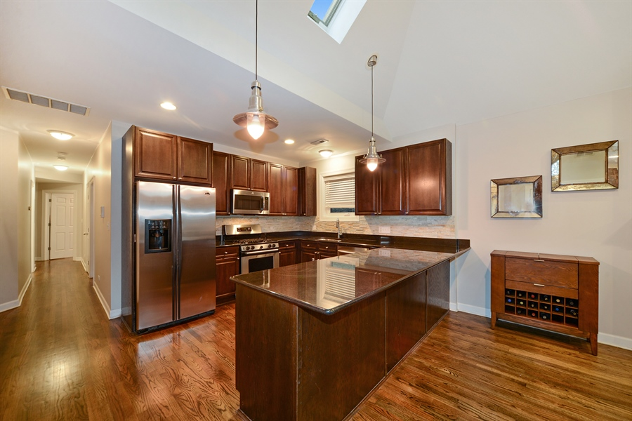 Real Estate Photography - 3221 N. Clifton, 3S, Chicago, IL, 60657 - Kitchen
