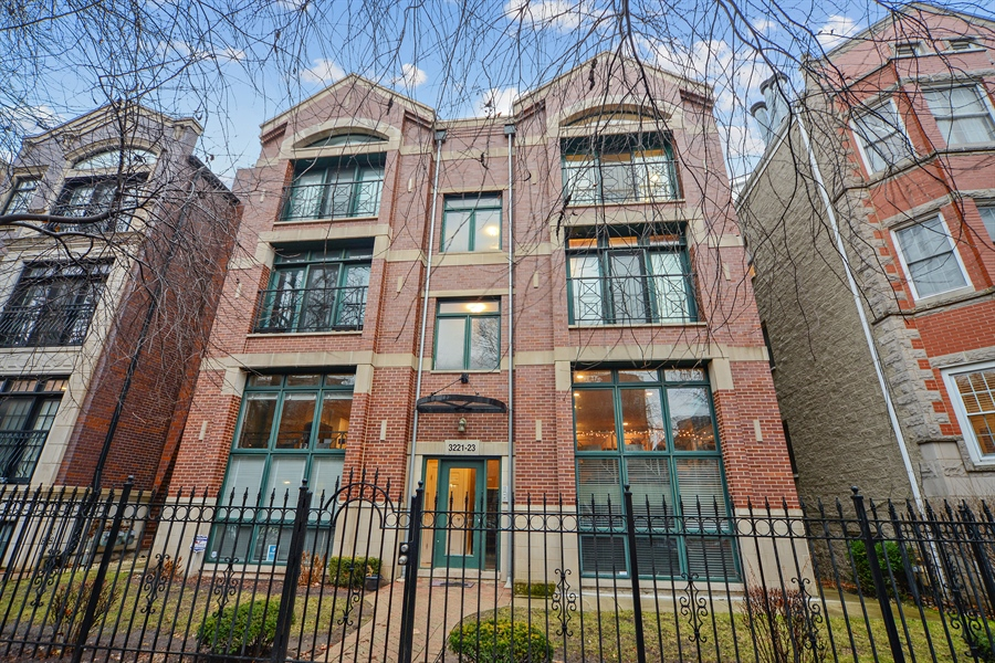Real Estate Photography - 3221 N. Clifton, 3S, Chicago, IL, 60657 - Front View