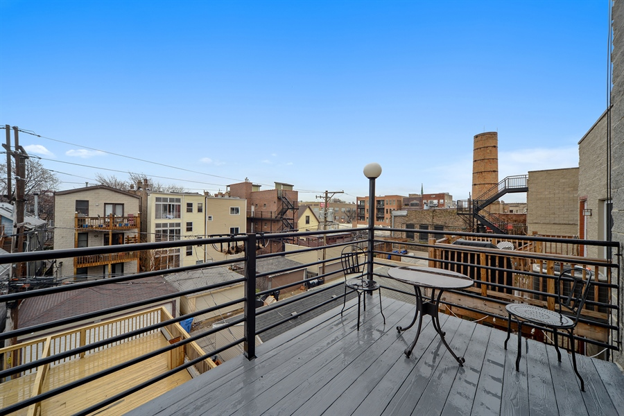 Real Estate Photography - 3221 N. Clifton, 3S, Chicago, IL, 60657 - Deck