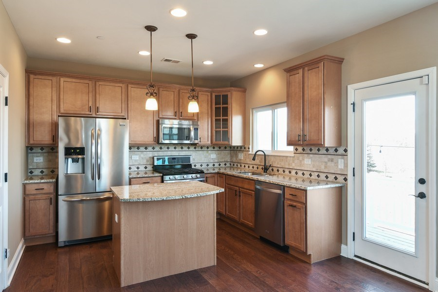 Real Estate Photography - 3301 Coral, Glenview, IL, 60026 - Kitchen