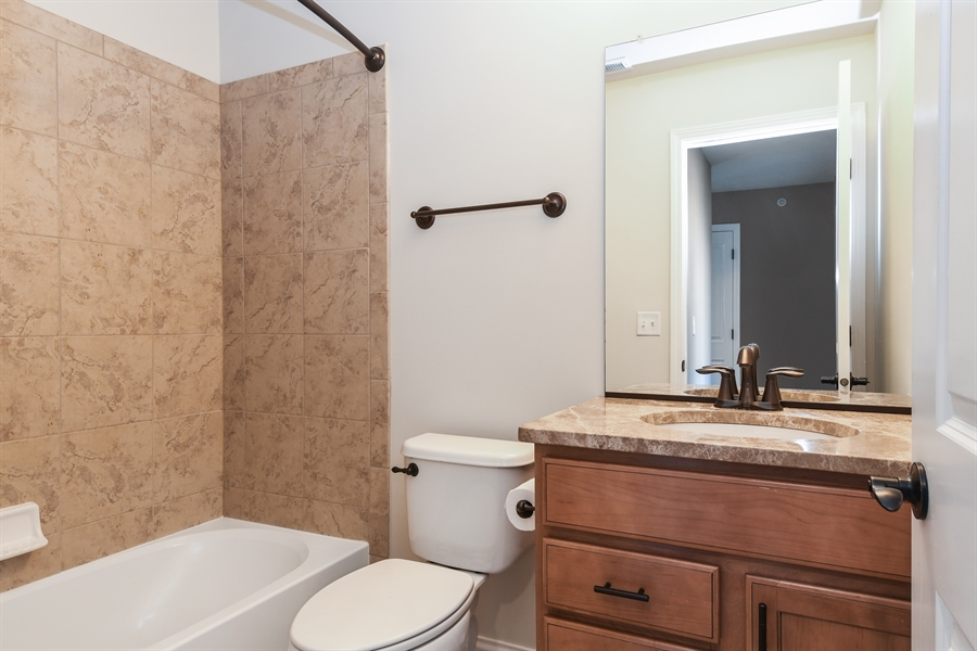 Real Estate Photography - 3301 Coral, Glenview, IL, 60026 - Bathroom