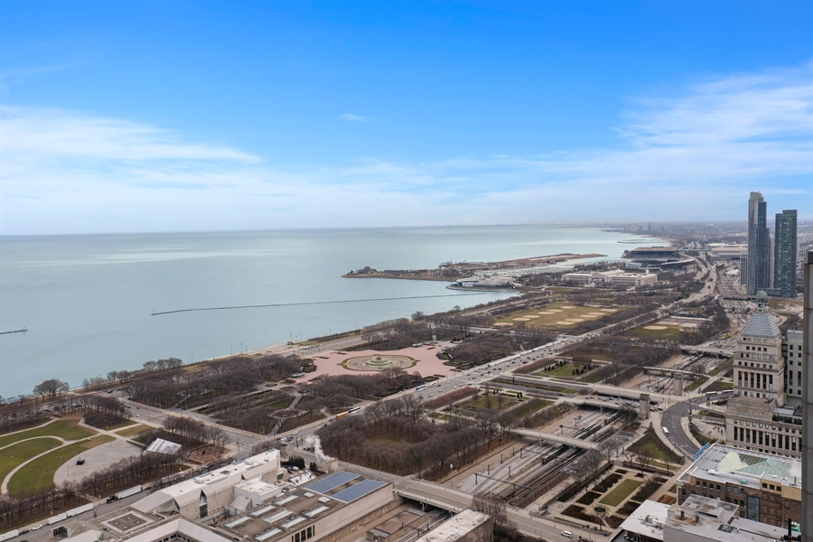 Real Estate Photography - 60 E. Monroe Ave, 5403, Chicago, IL, 60603 - View