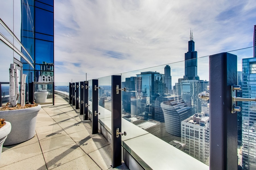 Real Estate Photography - 60 E. Monroe Ave, 5403, Chicago, IL, 60603 -