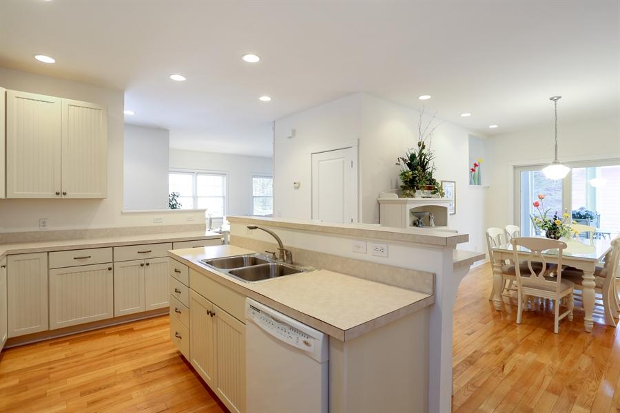 Real Estate Photography - 20 Pond Path, New Buffalo, MI, 49117 - Kitchen