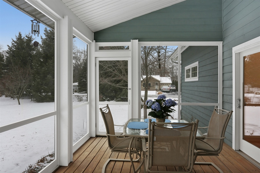 Real Estate Photography - 20 Pond Path, New Buffalo, MI, 49117 - Sun Room