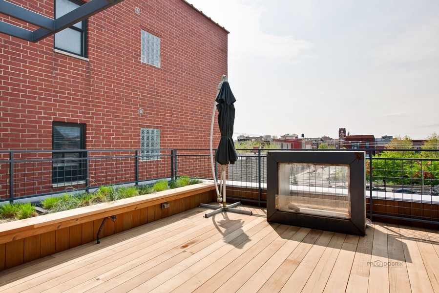 Real Estate Photography - 1512 N Bosworth Ave, Chicago, IL, 60642 -