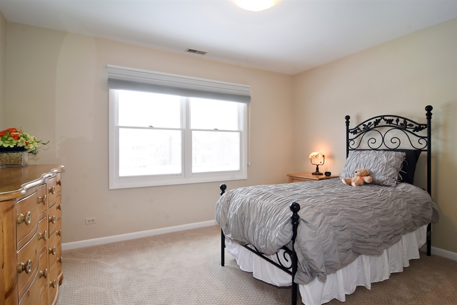 Real Estate Photography - 475 Newtown Drive, Buffalo Grove, IL, 60089 - 4th Bedroom