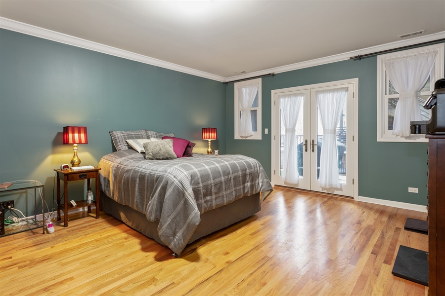 Real Estate Photography - 1426 N Orleans St, Unit 203, Chicago, IL, 60610 - Master Bedroom