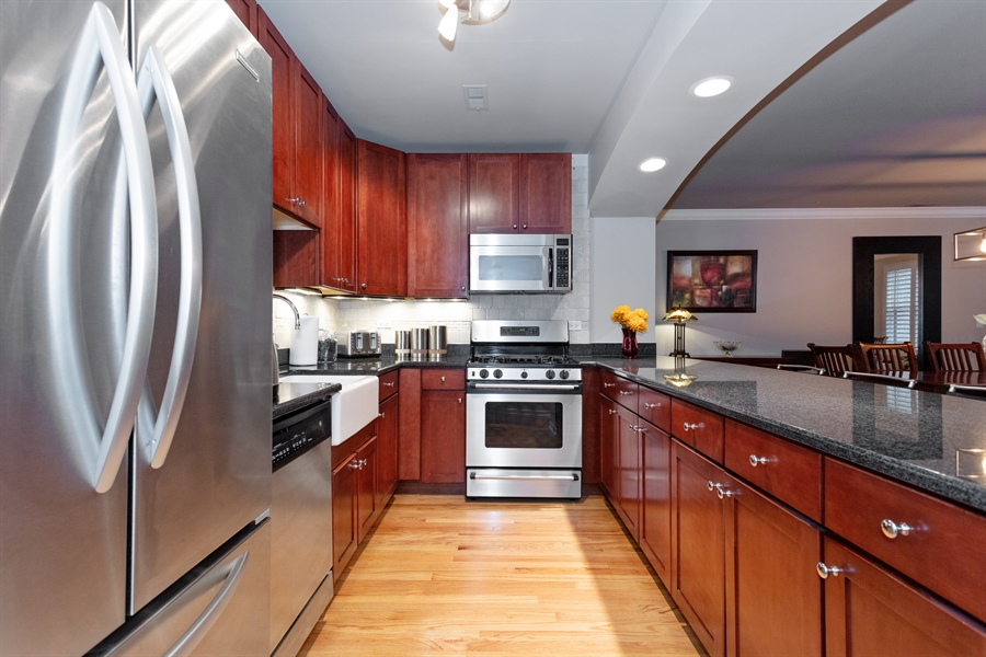 Real Estate Photography - 1426 N Orleans St, Unit 203, Chicago, IL, 60610 - Kitchen