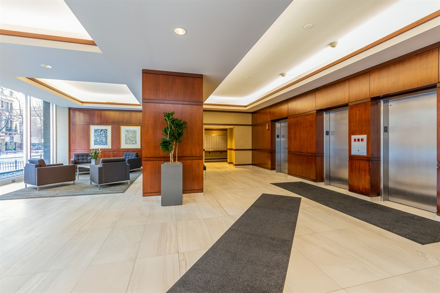 Real Estate Photography - 1445 N State Pkwy, 1103, Chicago, IL, 60610 - Lobby