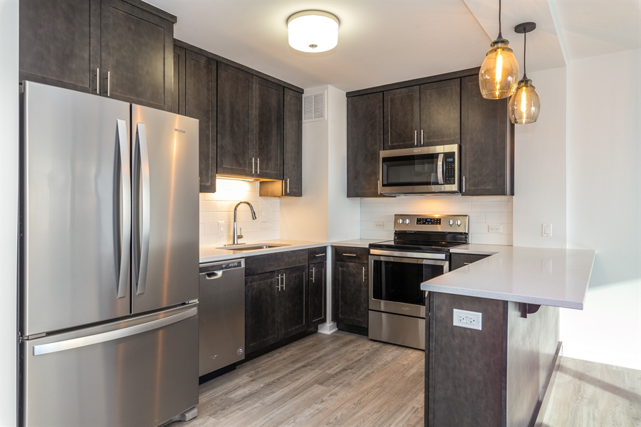 Real Estate Photography - 1445 N State Pkwy, 1103, Chicago, IL, 60610 - Kitchen