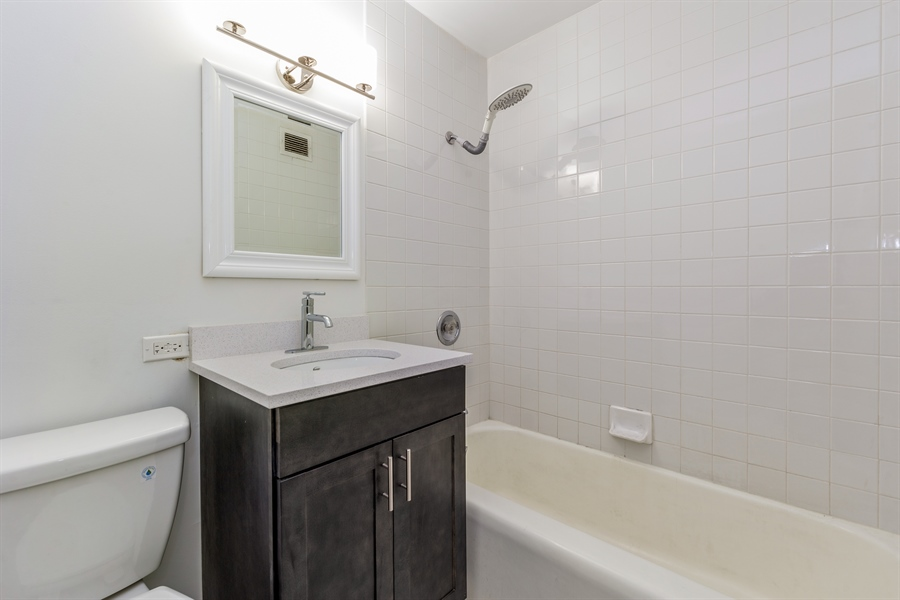Real Estate Photography - 1445 N State Pkwy, 1103, Chicago, IL, 60610 - Bathroom
