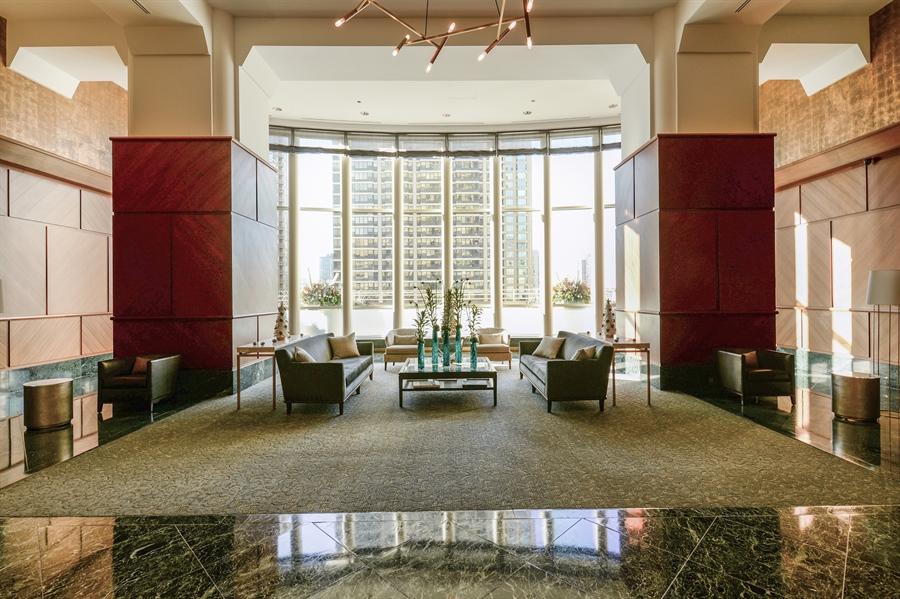 Real Estate Photography - 100 E Huron St, Unit 3904, Chicago, IL, 60611 - Lobby