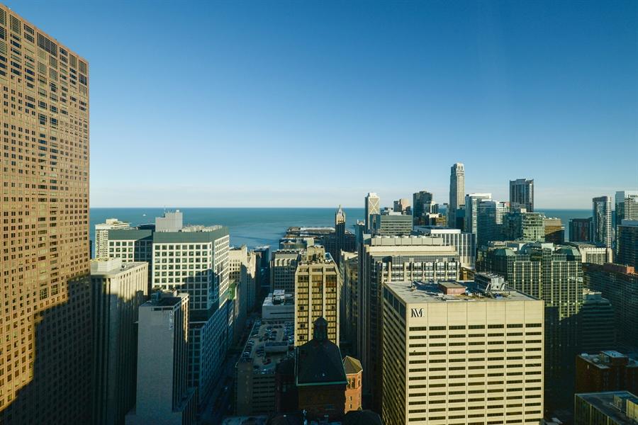 Real Estate Photography - 100 E Huron St, Unit 3904, Chicago, IL, 60611 - View