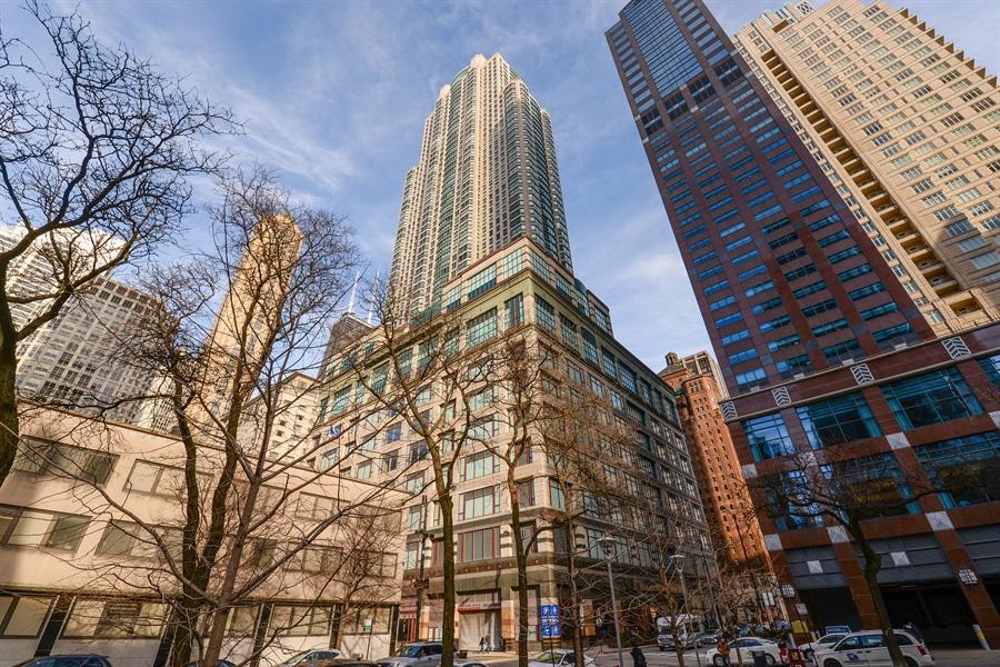 Real Estate Photography - 100 E Huron St, Unit 3904, Chicago, IL, 60611 - Front View