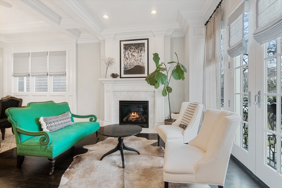 Real Estate Photography - 3023 N Hamilton Ave, Chicago, IL, 60618 - Sitting Room