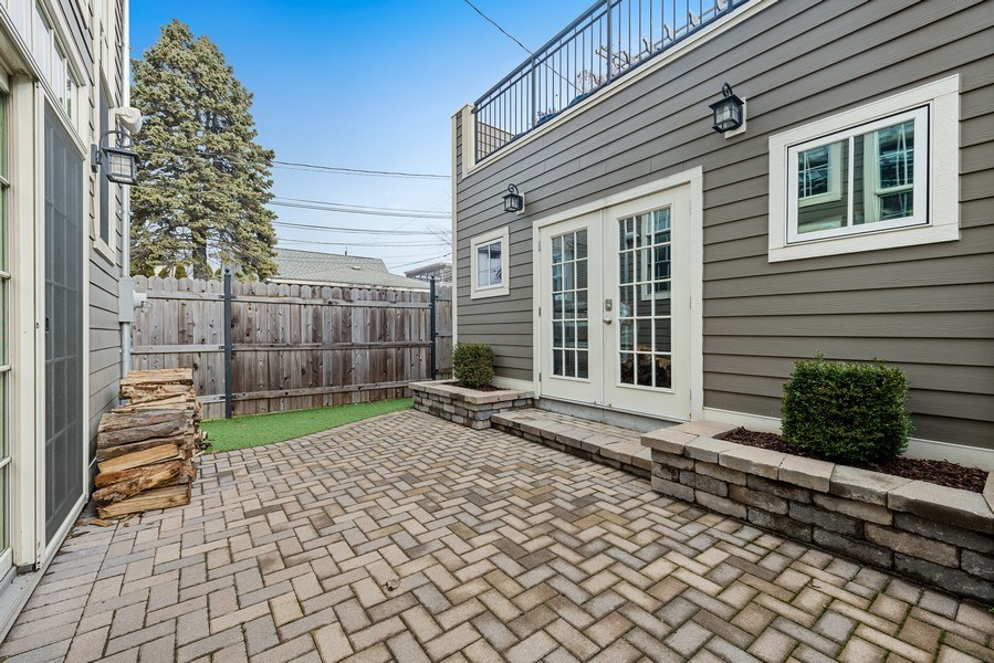 Real Estate Photography - 3023 N Hamilton Ave, Chicago, IL, 60618 - Patio