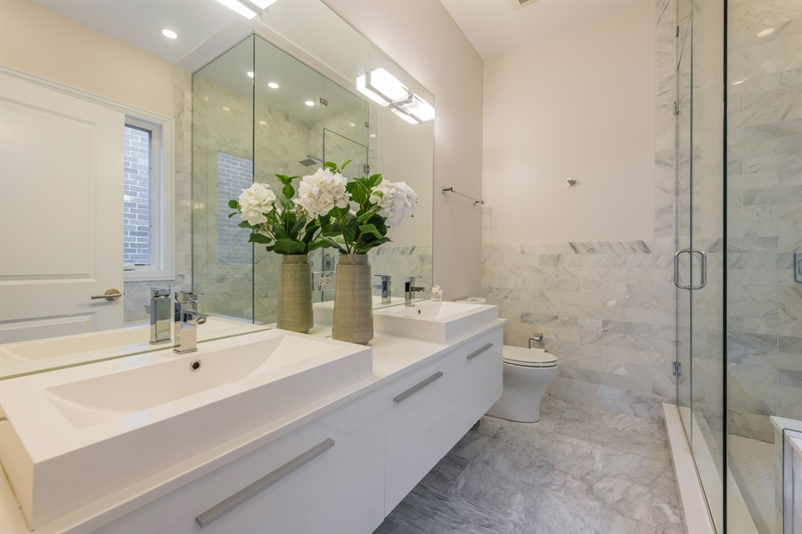 Real Estate Photography - 2639 W Medill Ave, Chicago, IL, 60647 - Master Bathroom