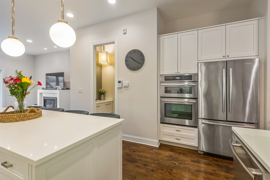 Real Estate Photography - 2639 W Medill Ave, Chicago, IL, 60647 - Kitchen